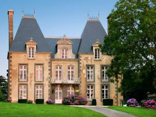 7 bedroom House with Internet Access in Combourg - Combourg vacation rentals