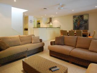 Perfect 4 bedroom House in Port Douglas - Port Douglas vacation rentals