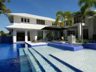 Lovely 5 bedroom Condo in Port Douglas - Port Douglas vacation rentals
