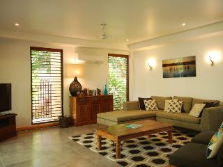 Comfortable 3 bedroom Apartment in Port Douglas - Port Douglas vacation rentals