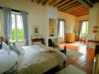 5 bedroom House with Private Outdoor Pool in Riocaud - Riocaud vacation rentals