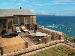 Cornish Beach House - Eyeries vacation rentals