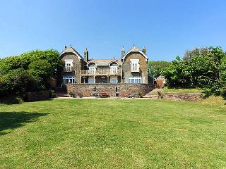 8 bedroom House with Internet Access in Malborough - Malborough vacation rentals