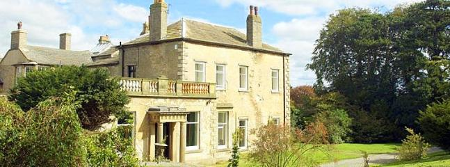 Middleham Hall - Image 1 - Middleham - rentals