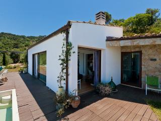 Convenient 2 bedroom Cefalu House with DVD Player - Cefalu vacation rentals