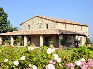 Bisenzio Farmhouse - Bagnoregio vacation rentals