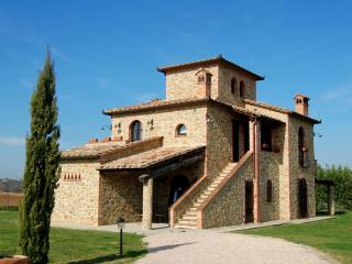 Sunny House in Pucciarelli with DVD Player, sleeps 14 - Pucciarelli vacation rentals