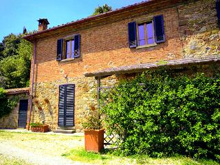 2 bedroom House with Shared Outdoor Pool in Torricella - Torricella vacation rentals