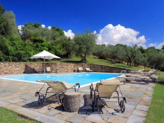 Charming 4 bedroom San Casciano in Val di Pesa House with Private Outdoor Pool - San Casciano in Val di Pesa vacation rentals