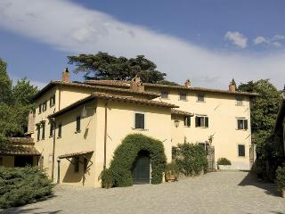 Perfect House with Internet Access and DVD Player - Molezzano vacation rentals