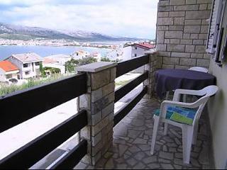 Cozy 2 bedroom Pag Condo with Television - Pag vacation rentals
