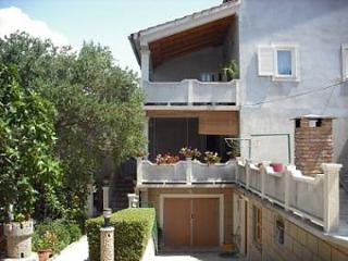 1 bedroom Apartment with Internet Access in Banjol - Banjol vacation rentals