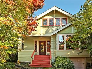 Classic Craftsman Home in Fremont - 3 Bed - 2 Bath - Seattle vacation rentals