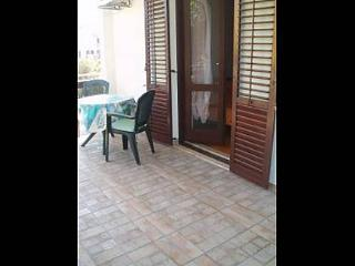 Nice Condo with A/C and Television - Jezera vacation rentals