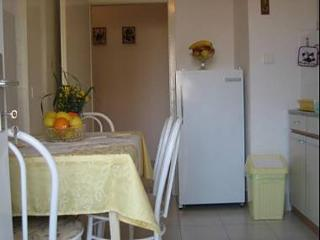 2 bedroom Apartment with Television in Supetar - Supetar vacation rentals