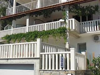 8034 A2(3+1) - Omis - Omis vacation rentals