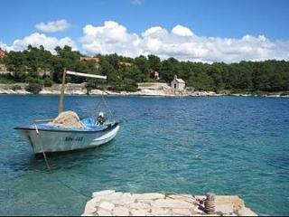 8095  A1(4+1) - Cove Osibova (Milna) - Island Brac vacation rentals