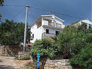 01402NECU  A2-gornji (2+2) - Necujam - Island Solta vacation rentals