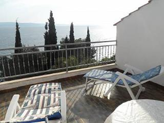 00109KRIL SA3(2) - Krilo Jesenice - Krilo Jesenice vacation rentals