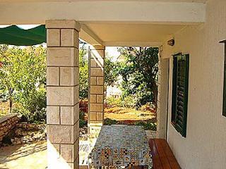 04101SUPE A2(2+2) - Supetar - Supetar vacation rentals