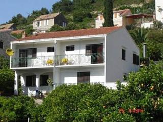 03604VIS  A2(2+2) - Vis - Island Vis vacation rentals