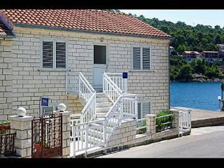 35117 A2 Ana(4+2) - Brna - Southern Dalmatia Islands vacation rentals