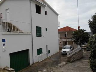 35226 A1(4+1) - Okrug Gornji - Island Ciovo vacation rentals