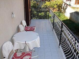 02304VIS A2(2+1) - Vis - Vis vacation rentals