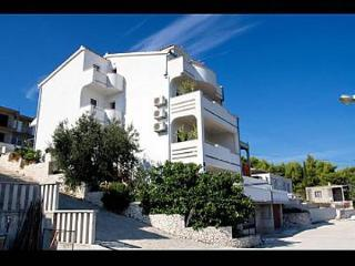 2189  B3(2+1) - Arbanija - Island Ciovo vacation rentals