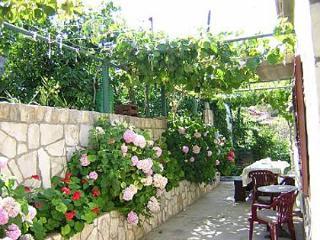 2251 H(7+1) - Stomorska - Stomorska vacation rentals