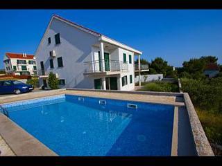 2431 A1(4) - Milna (Brac) - Milna (Brac) vacation rentals