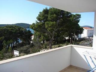 2422 Tamaris(4+2) - Milna (Brac) - Milna (Brac) vacation rentals