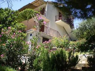2445 A2 citron(2+1) - Priscapac - Brna vacation rentals