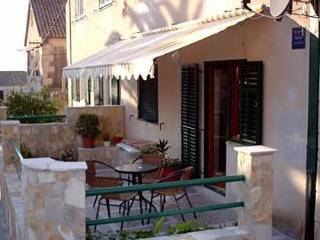 2979  A1(2+2) - Komiza - Komiza vacation rentals
