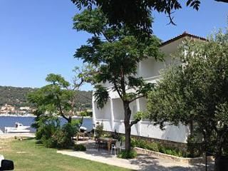 3656 A2(2+1) - Supetarska Draga - Island Rab vacation rentals