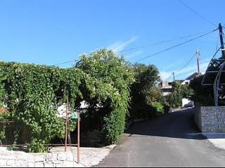 Nice House with Internet Access and Television - Mastrinka vacation rentals