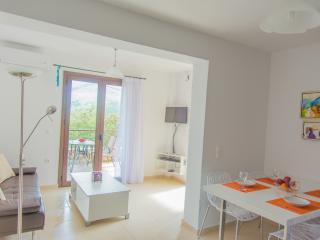 Cozy 2 bedroom Exopoli House with Internet Access - Exopoli vacation rentals
