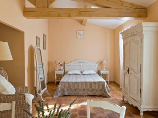 Les Maisons du sud - Studio confort 40 m² 2/3 pers - Ramatuelle vacation rentals