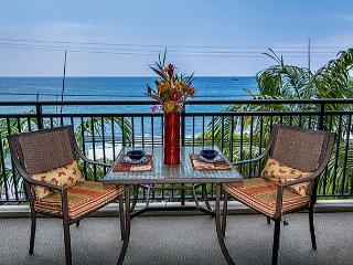 Recently remodeled 1 bedroom Ocean front condo, right down town, great views - Kailua-Kona vacation rentals