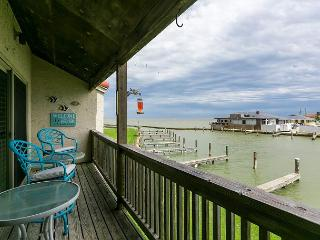 3BR Bayfront Rockport Condo–Pool, Pier, Boat Access, Near Shopping, Sleeps 8 - Rockport vacation rentals