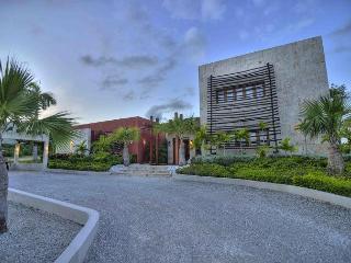 Beautiful golf course view villa - Punta Cana vacation rentals