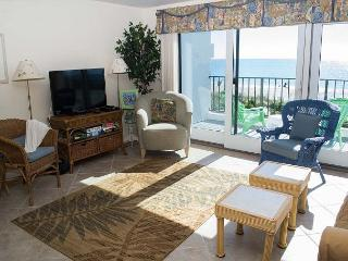 3BR Oceanfront Condo!  Great views of waves and sunsets!! - Pine Knoll Shores vacation rentals