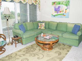 Multi-level Oceanside Condo Near Fort Macon State Park - Atlantic Beach vacation rentals