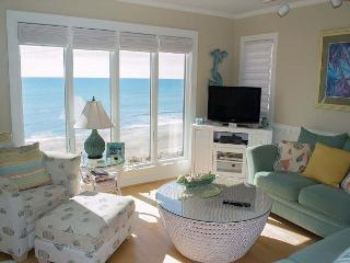 Recently Renovated 3BR/3BA Oceanfront Condo with wonderful amenities! - Pine Knoll Shores vacation rentals