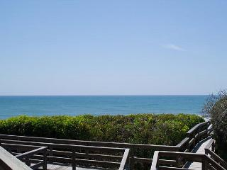 Completely Renovated 4BR Oceanfront Condo! - Pine Knoll Shores vacation rentals
