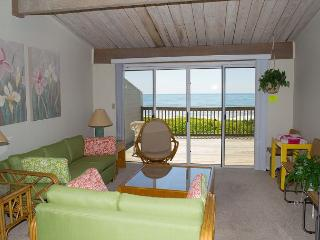 3BR Multi-level Oceanfront condo, views from Principal BR and Living Area! - Pine Knoll Shores vacation rentals