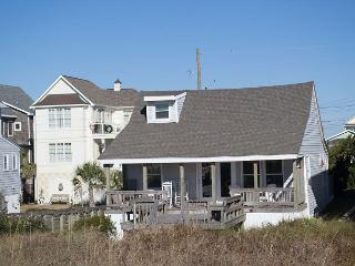 Oceanfront Cottage with spacious living! - Atlantic Beach vacation rentals