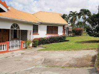 3 bed,2 bath villa - spacious,secure, great view - Saint George's vacation rentals