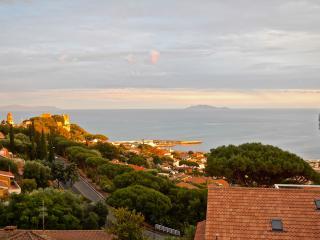 Villetta con vista golfo - Castiglione Della Pescaia vacation rentals