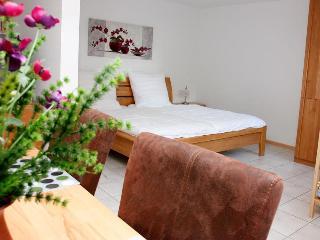 Vacation Apartment in Kenzingen - max. 4 people (# 6923) - Freiburg im Breisgau vacation rentals
